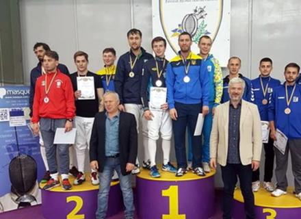 Закарпатська збірна здобула бронзу Чемпіонату України з фехтування