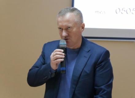 По округу з центром в Ужгороді вже зареєстровано трьох кандидатів у нардепи з прізвищем Андріїв