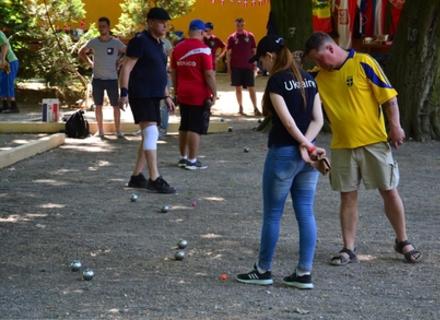 Абсолютний рекорд: В Ужгороді в міжнародному турнірі з петанку взяли участь майже 180 учасників з 19 країн світу