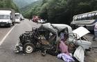 Водій автомобіля ВАЗ у вчорашній аварії на Свалявщині не вижив