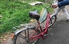 Збитий автомобілем в Ужгороді велосипедист перебуває у реанімації