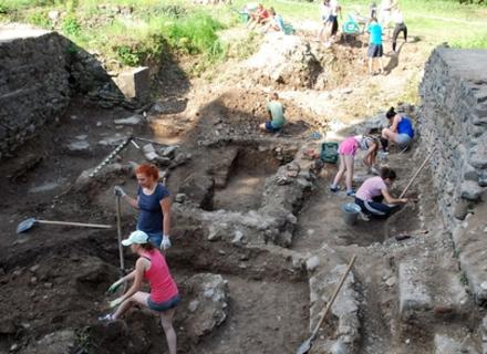 На розкопках в Ужгородському замку шукають церкву 13-го століття