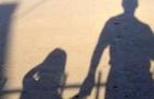 У Хустському районі 50-річний чоловік розбещував 12-річну дівчинку