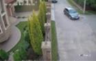 В Ужгороді пограбували елітний будинок. Камери відеоспостереження зафіксували ймовірного крадія