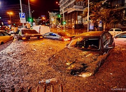 На авторинках Закарпаття скоро продаватимуть автомобілі-потопельники