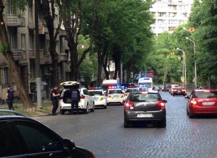 Закарпатець, який порізав у Львові жінку-поліцейську, може отримати довічне ув'язнення