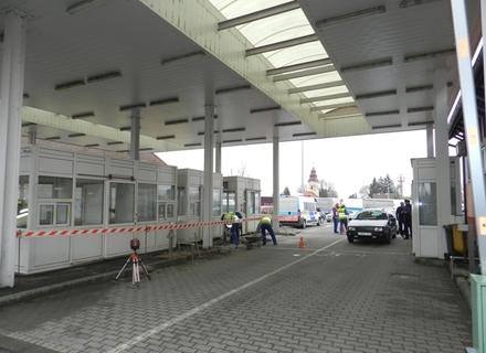 ТЕРМІНОВО! Угорщина закриває кордон з Україною на КПП Чоп-Загонь через витік хімічної речовини