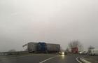На Мукачівщині вантажівка врізалася у відбійник