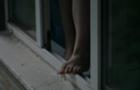 В Ужгороді молода жінка вискочила з вікна 4-го поверху