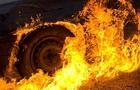 У Хусті спалили мікроавтобус