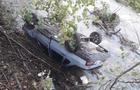 На Березнянщині автомобіль перекинувся в річку