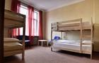 В Ужгородському хостелі у клієнтів вкрали 1000 доларів