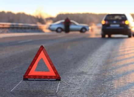 На Львівщині закарпатець на вантажівці розтрощив BMW X5