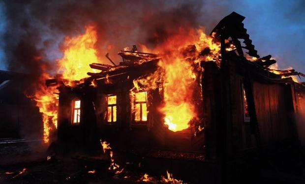 У Перечині згорів будинок