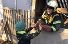 Як рятувальники лізли в 20-ти метровий колодязь за котом