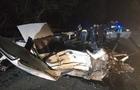 Біля Хуста зіштовхнулися три автомобіля - є загиблі та травмовані (ФОТО)