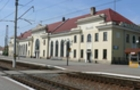 В Мукачеві на залізничному вокзалі чоловік упав під потяг