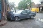В Ужгороді ВАЗ вдарився в припаркований автомобіль Альфа Ромео