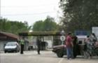 Скандал: На українсько-угорському кордоні в Закарпатті під час перевірки документів побили прикордонника (ВІДЕО)