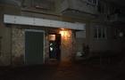 Понад десять ударів ножем: У Мукачеві в під'їзді будинку зарізали молодого чоловіка