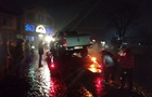 У Мукачеві позашляховик врізався в дорожнє кільце (ФОТО)