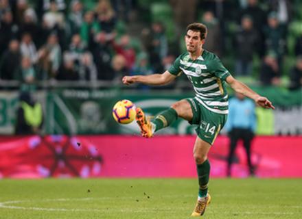 Як Угорщина та Україна борються за закарпатського футболіста