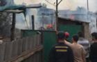В Мукачеві сталася пожежа у ромському поселенні