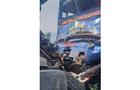 На Хустщині пасажирський потяг на залізничному переїзд врізався у вантажівку