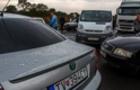 Пропускний пункт Тиса на українсько-угорському кордоні заблокований вже і на в'їзді в Україну