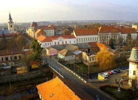 Яким побачив закарпатське місто Берегово мандрівник з Донбасу (ВІДЕО)