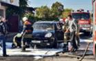 В Ужгороді десять пожежників гасили елітний Porsche Cayenne (ФОТО)