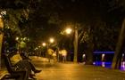 В Ужгороді на набережній Незалежності нарешті підключили нові вуличні світильники