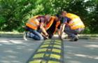 На Слов`янській набережній в Ужгороді поклали лежачих поліцейських
