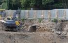 В Ужгороді під час будівництва на Поштовій відкопали ще один вхід у підвал