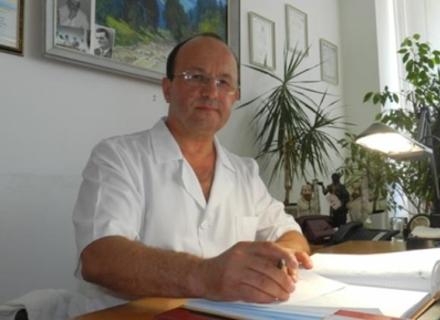 """Головний лікар Ужгородської лікарні йде у Верховну Раду за списками """"Батьківщини"""""""