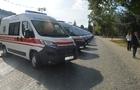 """В Ужгороді урочисто передали 13 автомобілів """"швидкої допомоги"""" представникам районів"""