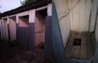 На Хустщині учень першого класу провалився у вигрібну яму туалету