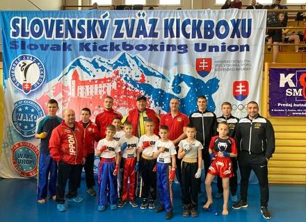 24 медалі здобули закарпатські кікбоксери на Чемпіонаті Словацької ліги