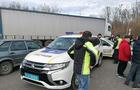 """Понад 300 вантажівок накопичилося в черзі перед КПП """"Ужгород"""". Далекобійники перекрили трасу (ВІДЕО)"""