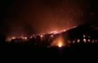 На Виноградівщині всю ніч горіли господарські споруди