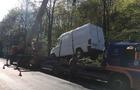 На Виноградівщині мікроавтобус перекинувся на дах (ФОТО)