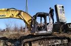 Київський бізнесмен скаржиться на керівників закарпатського села через спалені екскаватори