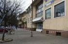 В Ужгороді значно обмежили роботу критого продуктового ринку
