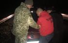 В Ужгороді вінничанин на автомобілі розтрощив шлагбаум і прорвався за межі КПП (ФОТО)