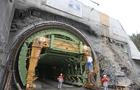 Через запуск нового тунелю в Карпатах між Львовом та Ужгородом 5 днів не буде повноцінного залізничного сполучення