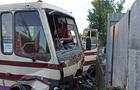 В Ужгороді в результаті зіткнення пасажирського автобусу та легкового автомобіля одна людина загинула і троє травмовані