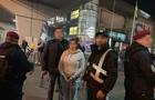 З Чехії до України повернули злодійку підозрювану у крадіжці в Хусті