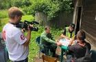 На Закарпатті місцеві мешканці не пустили журналістів та активістів перевірити зрубаний ліс (ВІДЕО)
