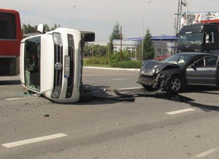 Серйозна автоаварія на Ужгородській об'їзній (ФОТО)