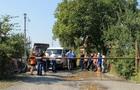 На Виноградівщині мешканці трьох сіл перекрили автодорогу (ФОТО)